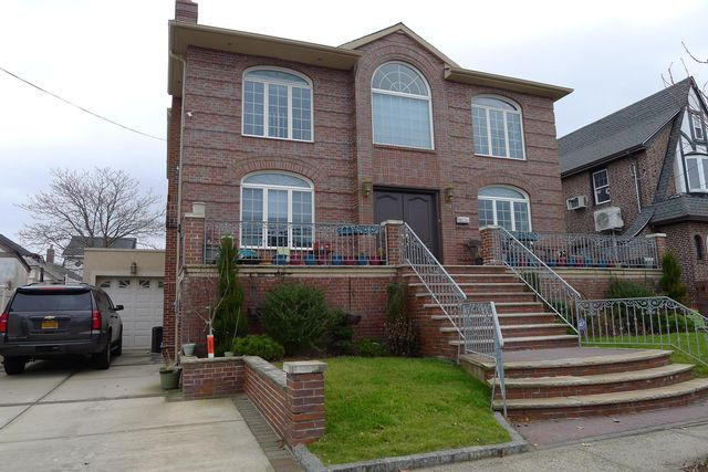 [Belle Harbor Real Estate, listing number 6789124]