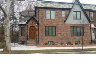 5 BR,  3.50 BTH Duplex style home in Brooklyn