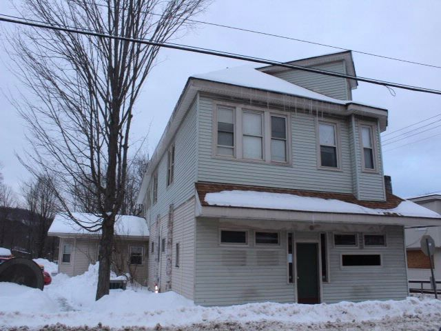 Studio,  0.00 BTH Commercial style home in Livingston Manor