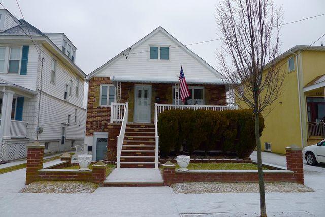 [Belle Harbor Real Estate, listing number 6798923]