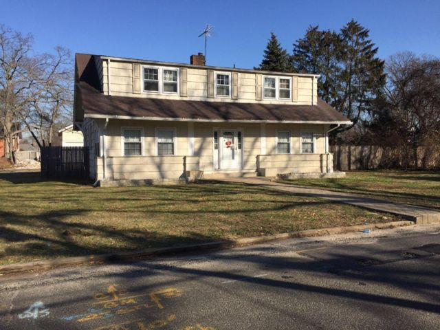 [Bay Shore Real Estate, listing number 6801003]