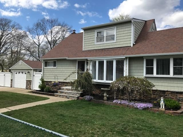4 BR,  1.50 BTH  Cape style home in Lindenhurst
