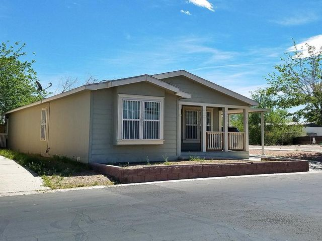 3 BR,  2.00 BTH Mobile home style home in Las Vegas
