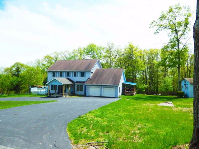 4 BR,  3.00 BTH  Colonial style home in Wurtsboro