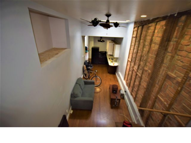 3 BR,  1.00 BTH Apartment style home in Brooklyn
