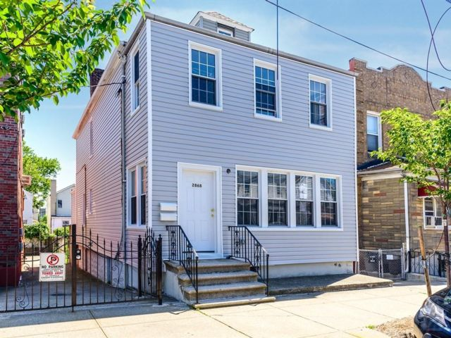 [Bronx Real Estate, listing number 6823796]