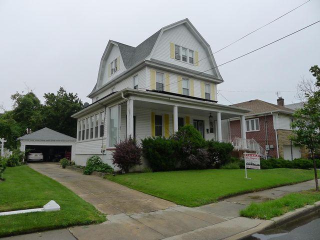 [Belle Harbor Real Estate, listing number 6831655]