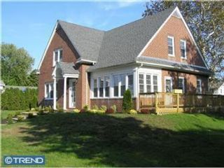 3 BR,  1.50 BTH  Cape style home in Clementon