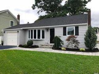 [Massapequa Park Real Estate, listing number 6844008]