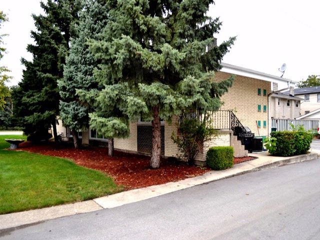2 BR,  1.50 BTH Condo style home in Westchester