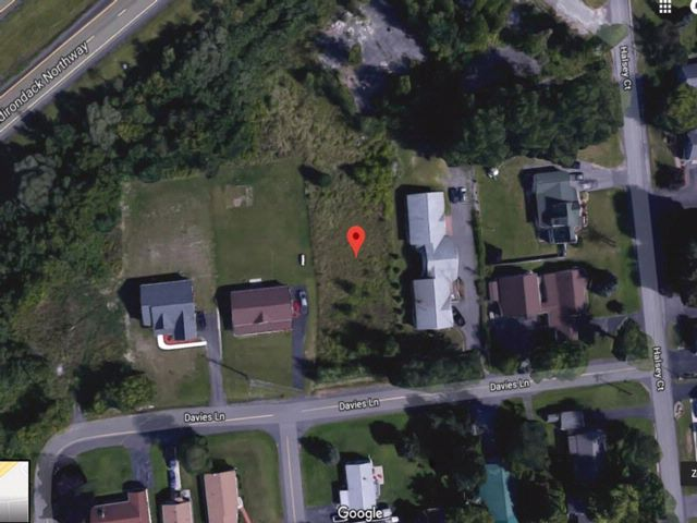 Lot <b>Size:</b>  Lots style home in Plattsburgh