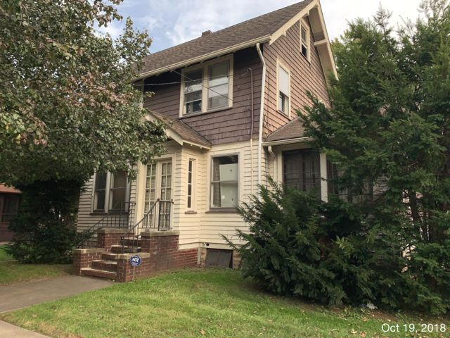 3 BR,  1.00 BTH Colonial style home in Rahway