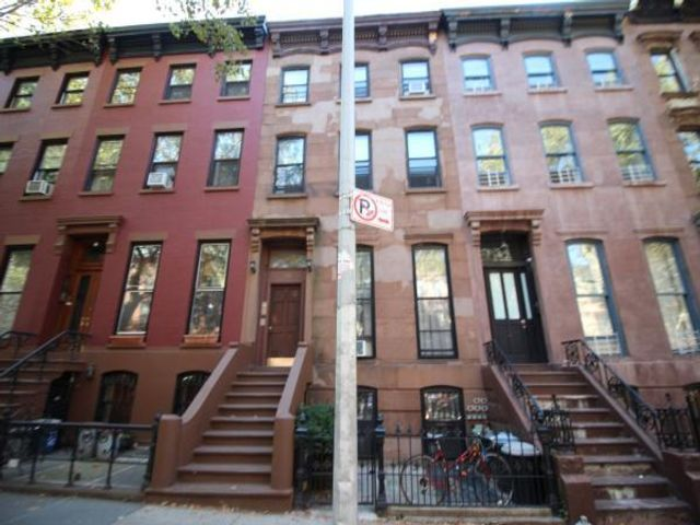 1 BR,  1.00 BTH   style home in Fort Greene