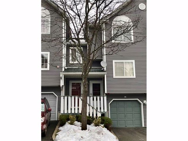 2 BR,  2.00 BTH Town house style home in Nanuet