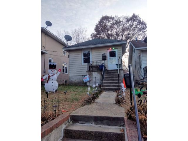 2 BR,  1.00 BTH Bungalow style home in Delair