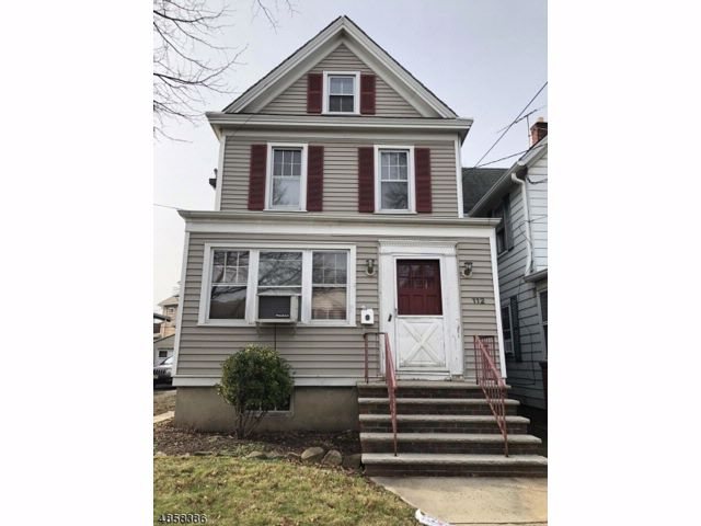 2 BR,  1.00 BTH A-frame style home in Roselle Park