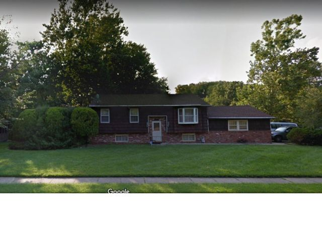 5 BR,  1.55 BTH Colonial style home in Blackwood