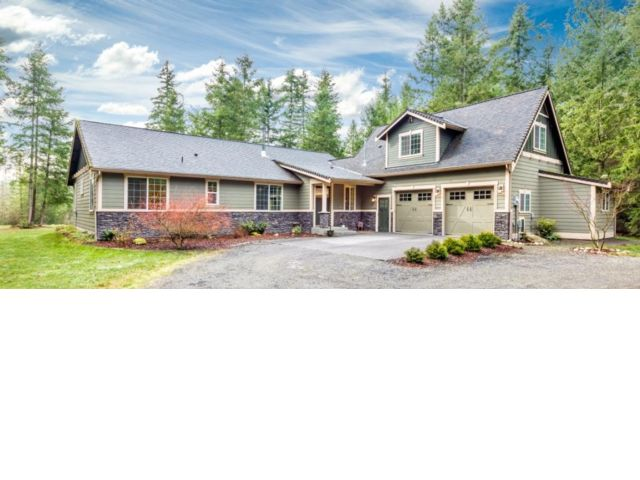 4 BR,  2.55 BTH  Contemporary style home in Yelm