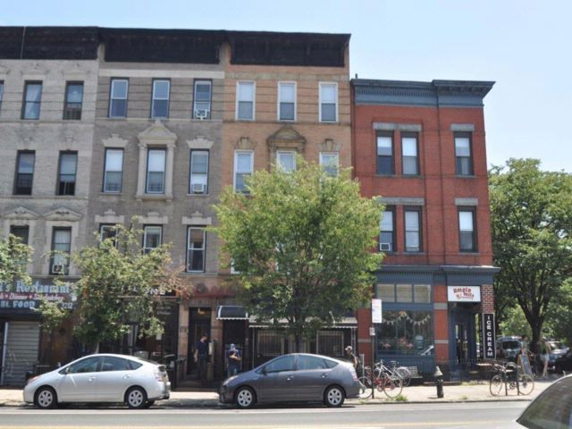 Studio,  0.00 BTH Multi-family style home in Prospect Heights