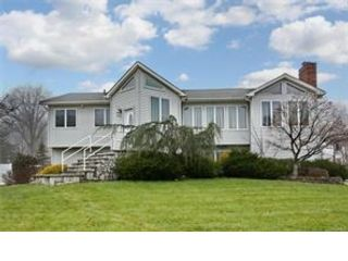 5 BR,  3.00 BTH  Hi ranch style home in Clarkstown