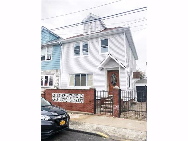 3 BR,  2.50 BTH  Two story style home in East Flatbush