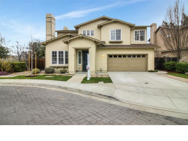 4 BR,  2.50 BTH 2 story style home in Los Gatos