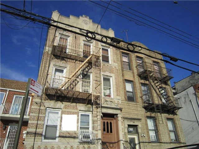 10 BR,  7.00 BTH Multi-family style home in Dyker Heights