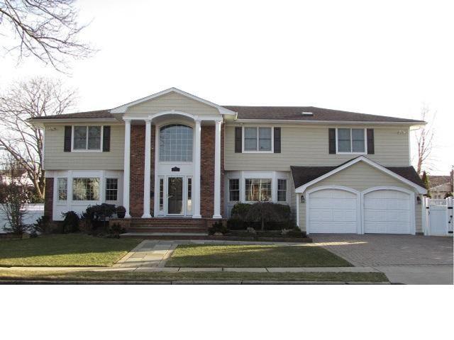 [Port Washington Real Estate, listing number 6872302]