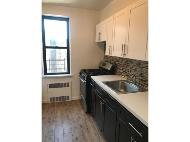 2 BR,  1.00 BTH   style home in North Richmond Hill