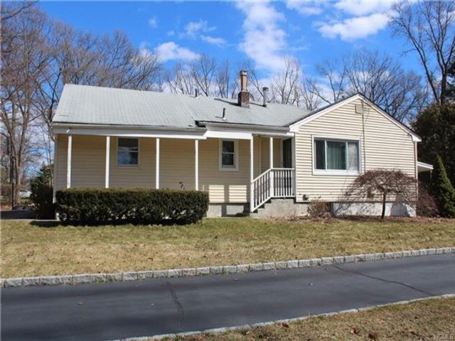 4 BR,  2.00 BTH  Ranch style home in New City
