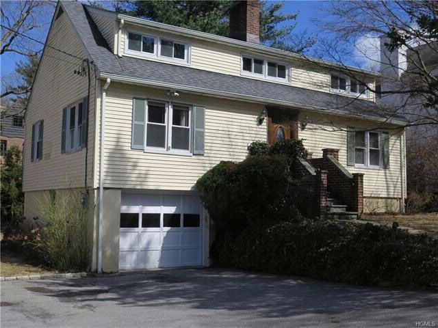 4 BR,  2.00 BTH  Capecod style home in Hartsdale