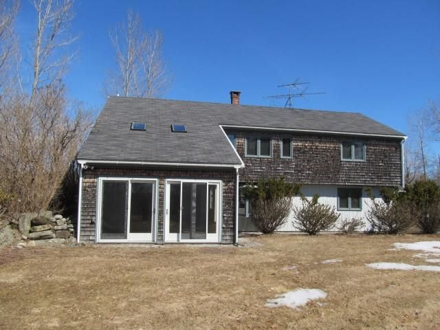 2 BR,  3.00 BTH 2 story style home in Lincolnville Center