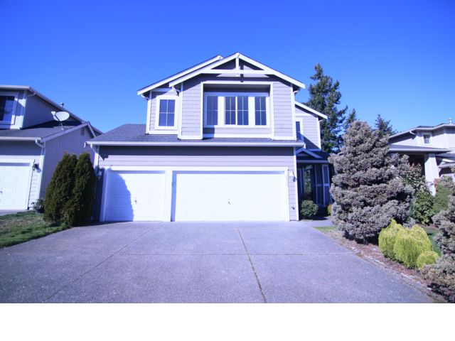 4 BR,  3.00 BTH  2 story style home in Federal Way