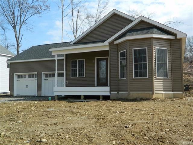 3 BR,  2.00 BTH Ranch style home in Rock Tavern