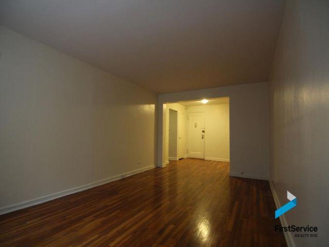[Glendale Real Estate, listing number 6882151]