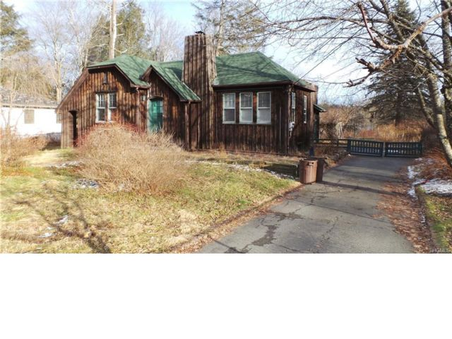 3 BR,  2.00 BTH  Craftsman style home in South Fallsburg