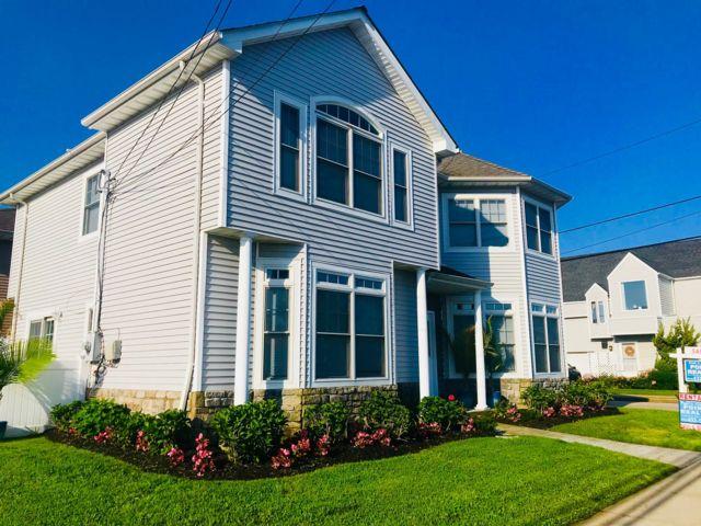 [Bethpage Real Estate, listing number 6883699]
