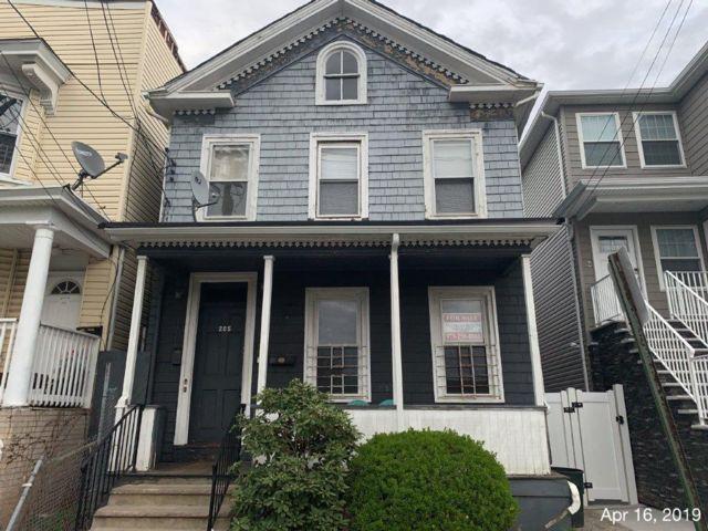 [Elizabeth Real Estate, listing number 6884579]