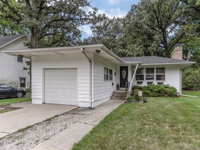 3 BR,  1.50 BTH Ranch style home in Bartlett
