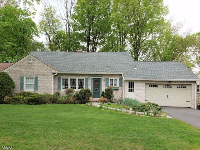 5 BR,  3.50 BTH  Expanded ranch style home in North Caldwell