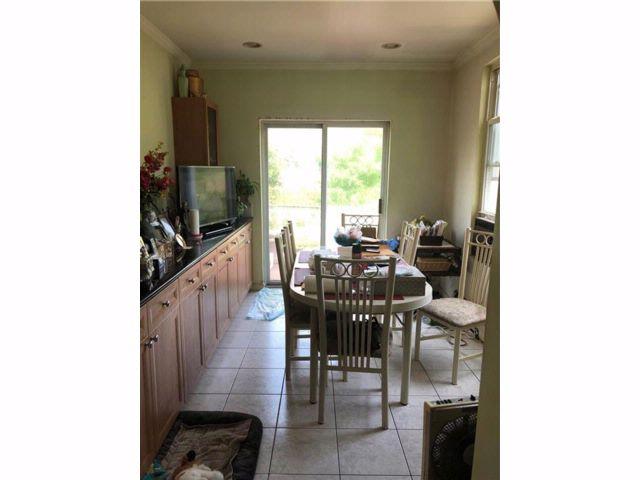 5 BR,  3.00 BTH Multi-family style home in Bath Beach
