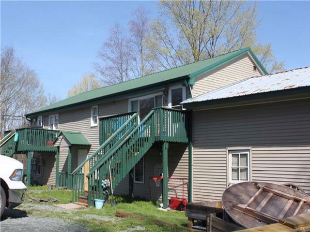 Studio,  0.00 BTH  Two story style home in White Sulphur Spring