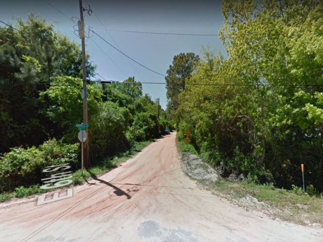 Lot <b>Size:</b> 0.29 Land style home in Panama City
