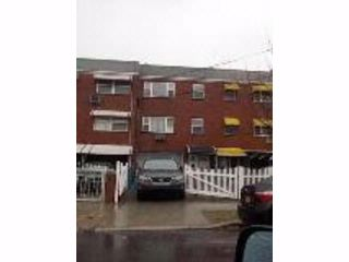 6 BR,  0.00 BTH Multi-family style home in Baychester