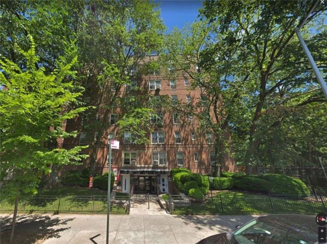 [Midwood Real Estate, listing number 6889585]
