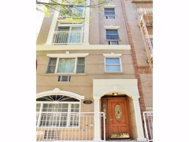 9 BR,  0.00 BTH Multi-family style home in Park Slope