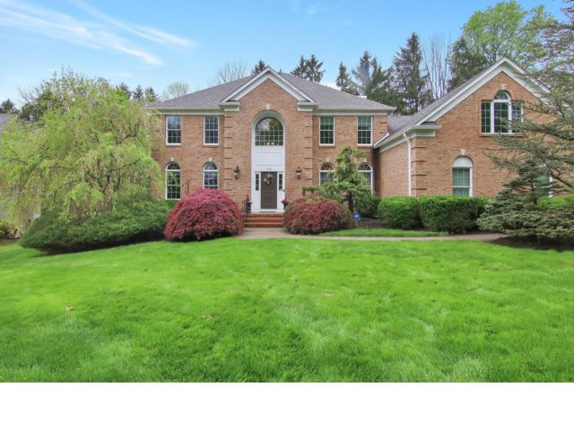 4 BR,  2.50 BTH Colonial style home in Randolph