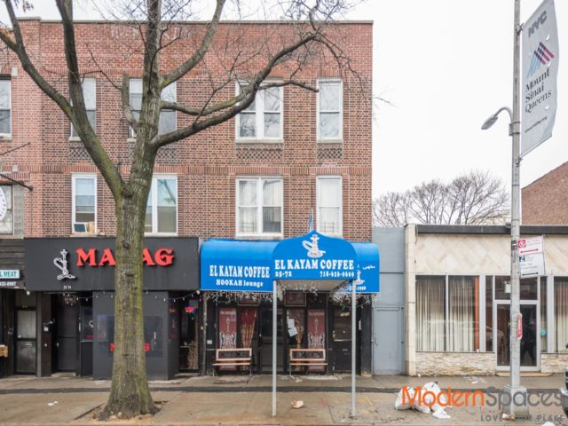 1 BR,  1.00 BTH  Commercial style home in Astoria