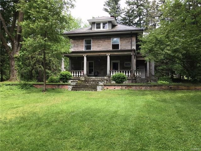 5 BR,  2.50 BTH Arts&crafts style home in Scarborough