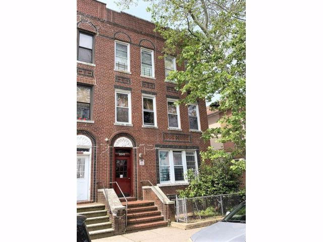 [Bensonhurst Real Estate, listing number 6894435]